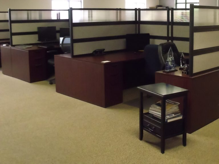 Workstation by Omega Commercial Interiors