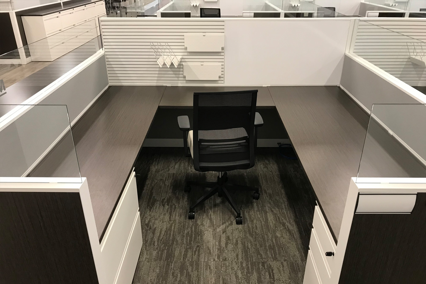 Kimball Narrate Systems w/ Joya Task Chair