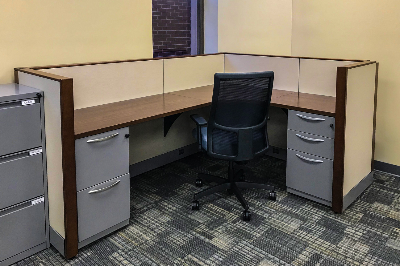 Kimball Cetra Panel System w/ HON Ignition Task Chair