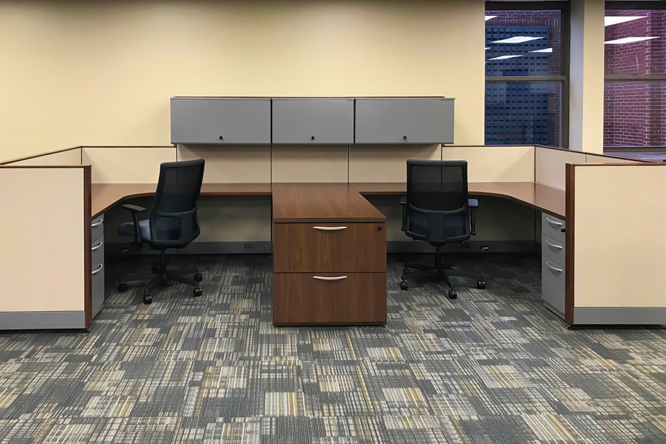 Kimball Cetra Dual Workstation with HON Ignition Task Chairs
