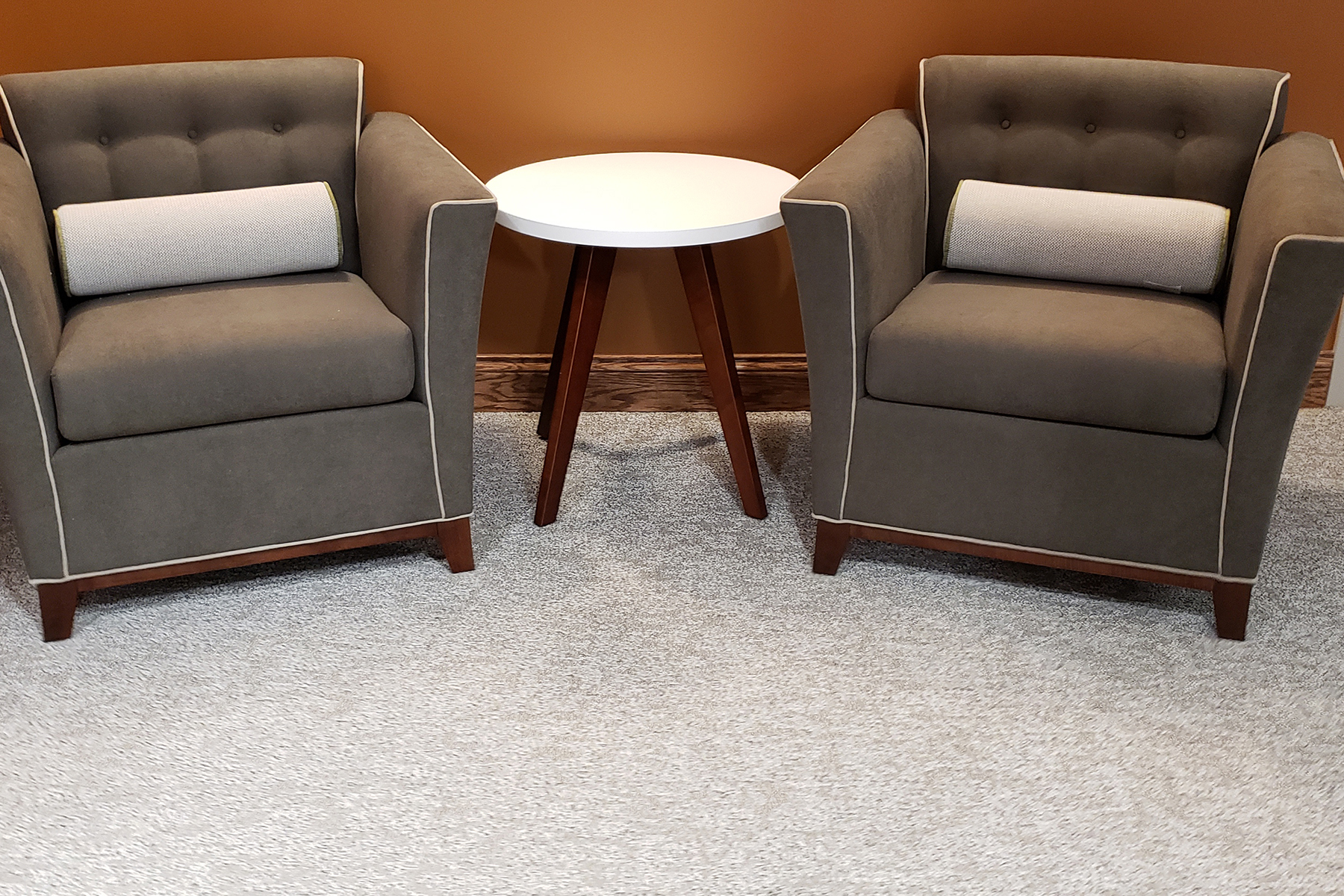 National® Monterrey Single Lounge Seating with National® Tessera™ Side Table