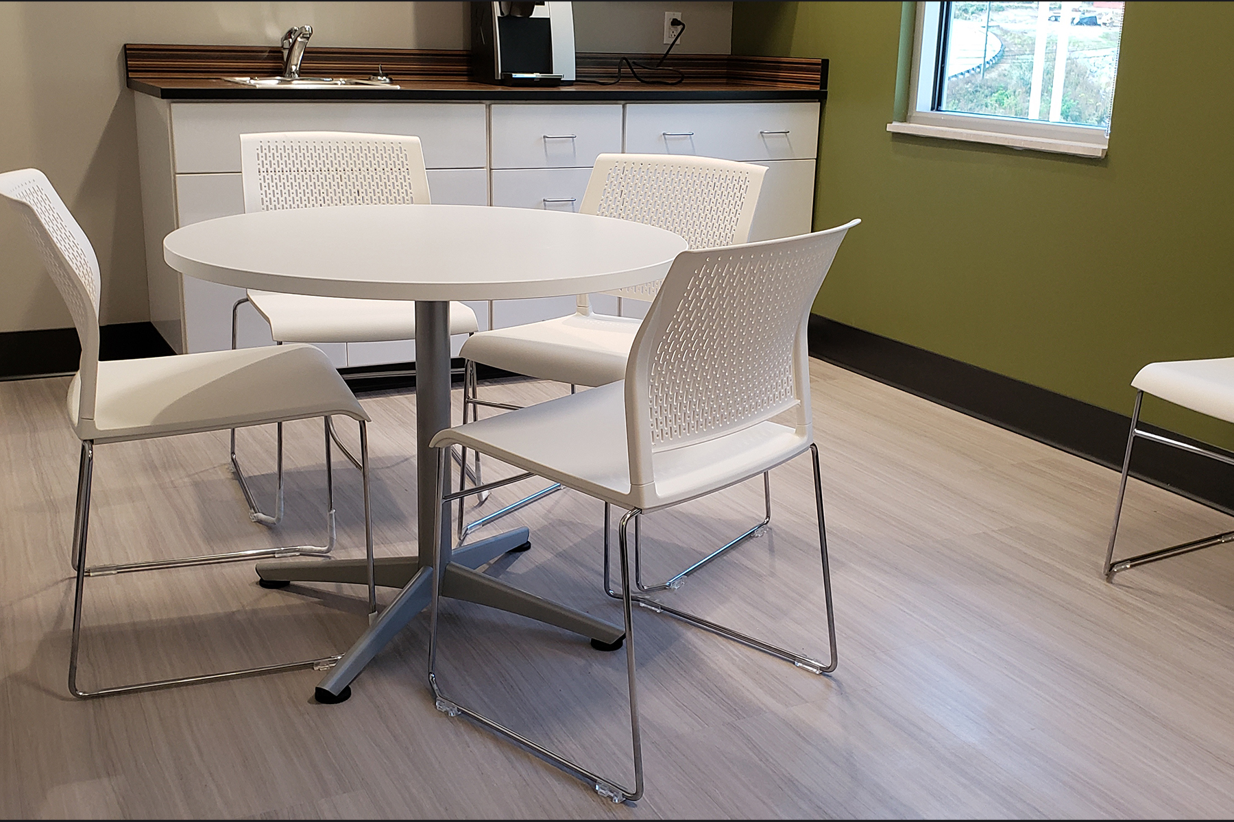 Kimball® Dock™ Table with Poly™ Chairs