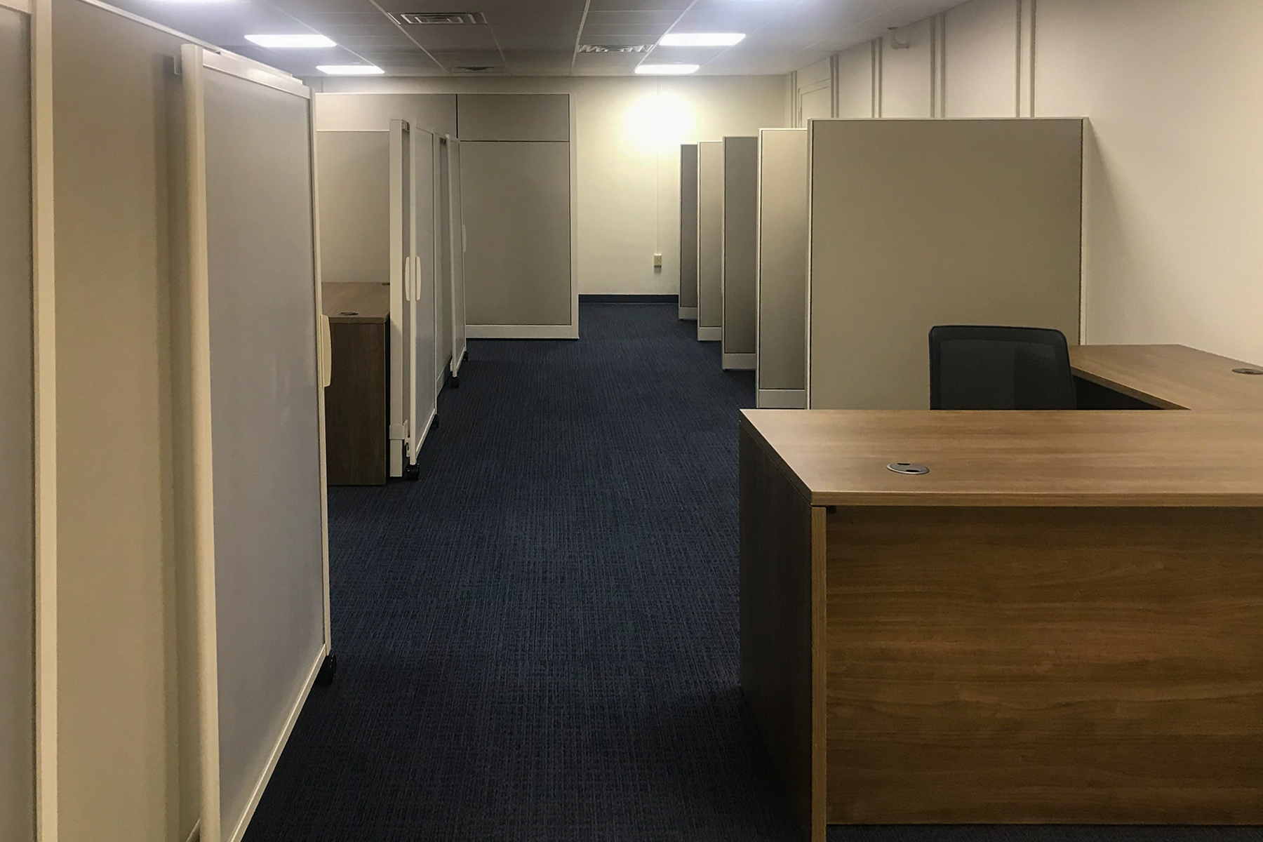 HON Panel Systems and Desks