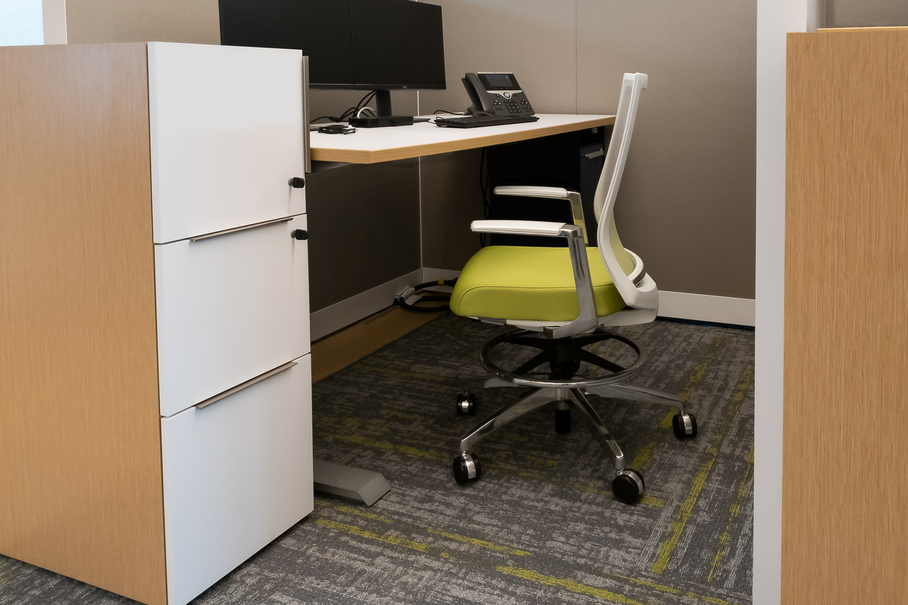 Kimball® XSede™ Sit to Stand Desk with Helio™ Task Stool